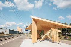 Image 1 of 20 from gallery of Kohta Train Station / Aalto University Wood Program. Photograph by Tuomas Uusheimo Wood Architecture, Residential Architecture, Contemporary Architecture, Train Platform, Small Buildings, Floating House, Library Design, Urban Landscape, City Landscape