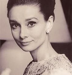 Audrey Kathleen Hepburn (1929-1993)- very elegant pose for women- the style is very sophisticated-love it
