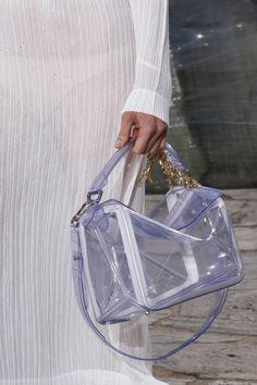 Les sacs du défilé Loewe printemps-été 2016