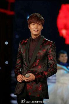 2014-1-30 CCTV Spring Festival  | Lee Min Ho