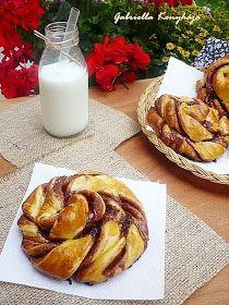 Gabriella kalandjai a konyhában :) Bread Recipes, Cookie Recipes, Sweet Cookies, Hungarian Recipes, Challah, What To Make, Bread Rolls, Cinnamon Rolls, Camembert Cheese