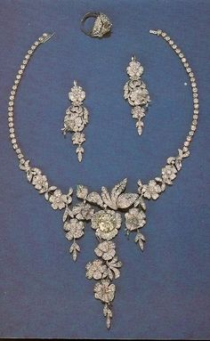 IMPERIAL RUSSIAN FLORAL NECKLACE AND EARRINGS. From the Diamond Fund: Platinum, diamonds. Weight 106.94 grams.
