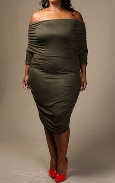The Luxe Mode Plus Size Off That Folded Off-Shoulder Ruched Midi Dress 915fb06577d6