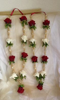 Artificial flowers garland made with foam roses, pearl, gold beads and diamond b… - Modern Indian Wedding Flowers, Flower Garland Wedding, Floral Garland, Flower Garlands, Flower Bouquet Wedding, Bridesmaid Bouquet, Bridal Bouquets, Diy Flowers, Wedding Stage Decorations