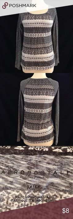 Aeropostale Fuzzy Sleeve Printed Top Bust 33 Length 24 This top is in excellent condition. the body is made from a light weight tee material and the sleeves are made from a light weight fuzzy sweater material. No stains, holes, or flaws Aeropostale Tops Tees - Long Sleeve
