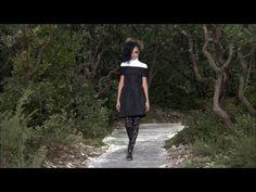 Film of the CHANEL Spring-Summer 2013 Haute Couture show that took place on January 22nd at the Grand Palais, Paris.  Soundtrack:  Charles Münch, Orchestre de Paris: Daphnis & Chloe Suite No. 2: I. Lever du jour (Maurice Ravel)