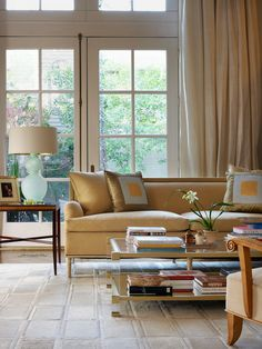 Jan Showers featured on Dering Hall