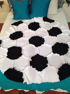 Fleece Soccer Ball Rag Quilt/Blanket Throw by PatchworkLuxury Play Soccer, Soccer Ball, Soccer Stuff, Basketball Floor, Basketball Birthday, Soccer Crafts, Soccer Decor, Soccer Bedroom, Girls Bedroom