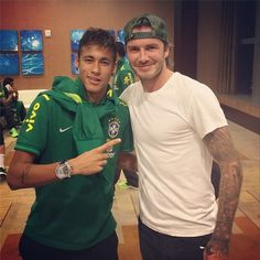 Neymar and Beckham! Two legends and hotties😍👌🙌 Good Soccer Players, Football Players, David Beckham, Inspirational Soccer Quotes, Happy Birthday My Friend, Messi And Neymar, Guy Pictures, Fc Barcelona, American Football