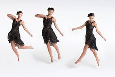Thousands of Interlocking Components Compose 3D-Printed Dresses