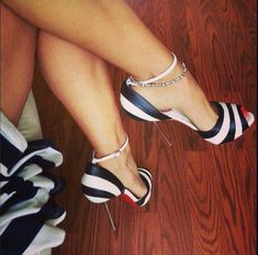 Love these black and white heels