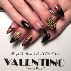 Instagram media get_yer_nails_did - Gettin ready for fall ya all! @valentinobeautypure #valentinobeautypure #dustfreelife #stiletto #beauty #autumn #nailart #nailcharms #cndacrylic #opi