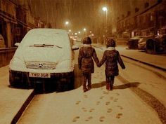 UK weather: Travellers stranded in snow as gales blast across country - Home News - UK - The Independent
