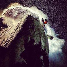 Epic photo - night-time powder slash.  Photo by twsnow  #photography  #snowboarding