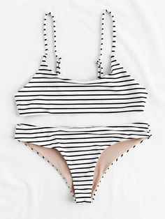 ¡Cómpralo ya!. Striped Beach Bikini Set. Black and White Bikinis Casual Vacation Push Up Polyester NO Striped Swimwear. , bikini, bikini, biquini, conjuntosdebikinis, twopiece, bikini, bikini, bikini, bikini, bikinis. Bikini  de mujer   de SheIn.