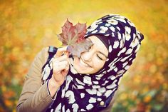 Image about smile in hijab by Elmina (: on We Heart It Muslim Girls, Muslim Women, Turban, Hijabi Girl, Hijab Tutorial, Sad Girl, Girls Dp, Hijab Fashion, Style Guides