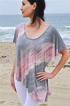 Sara Asymmetrical Top Yoga Tee Shirt in Multi by Jala. Relax in our ultra soft, asymmetrical, marble washed top. Only $51.95 at www.karmicfit.com. #yoga #yogatees