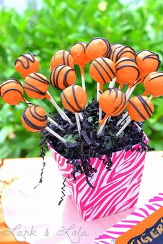 Make specific stations for Blaze's different monster truck friends! We love these tiger cake pops for a Stripes station.