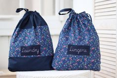 Travel Baby Showers, Honeymoon Gifts, Personalised Gifts For Him, Bachelorette Gifts, Navy Blue Background, Lingerie, Traveling With Baby, Custom Labels, Bleu Marine
