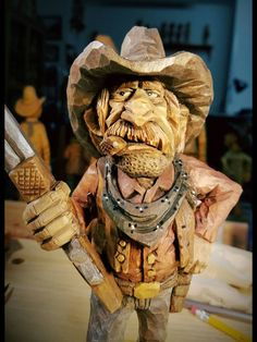 Learn Woodworking Today With These Some Tips Simple Wood Carving, Whittling Wood, Cowboy Pictures, Wood Carving Designs, Cowboy Art, Art Carved, Woodworking As A Hobby, Wood Sculpture, Little People