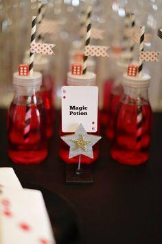 Little Wish Parties magic party - drink bottles