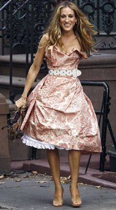 Carrie Bradshaw has got to be one of the best dressed characters that I know.