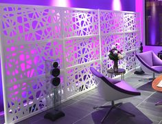 LOFTwall WEB was used at a showroom party. Love the back lighting used, really makes the wall pop. Office Dividers, Divider Screen, Office Interiors, Interior Ideas, Natural Light, Showroom, Sculpture, Pop, Lighting