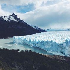 Ice for days!! #peritomoreno #glacier #patagonia #elcalafate #ice #blueice #bigice #roadtripping #lppcityguidetoargentina
