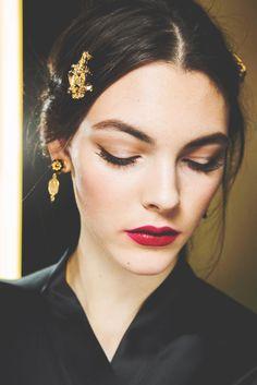 Dolce & Gabbana Fall Ready-to-Wear 2015  (runway fashion show beauty makeup eyeshadow red lips pink lipstick models backstage)