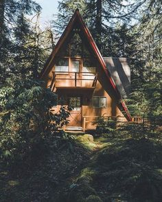 """762 Likes, 4 Comments - Cabin, Outdoors, Treehouse + (@thecabinland) on Instagram: """"Amazing place to live forever⛺️⛺️❤️❤️!! Tag your friends ❤️! Follow us @thecabinland  Photo by…"""""""