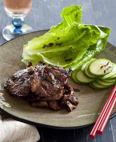 Korean dishes to cook at home Meat Recipes, Asian Recipes, Cooking Recipes, Asian Foods, Yummy Recipes, Bbq Beef, Beef Ribs, Korean Dishes, Korean Food