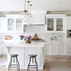 Kitchen Lighting. Kitchen island lighting. Kitchen lighting over island are the Reeves Pendants from Arteriors. #KitchenLighting #KitchenPendantLighting #KitchenLightingIdeas #KitchenIslandLighting Becki Owens