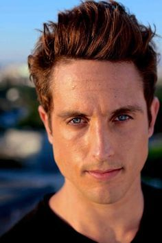 Sawyer Hartman (The Parallax Theory) 3133e6b7a