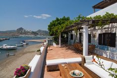 Absolute Beachfront Villa for rent on Skyros - Greece