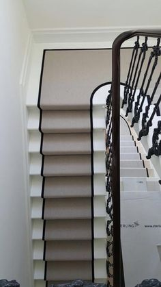 Discount Carpet Runners For Stairs Info: 8831396539 Dark Carpet, White Carpet, Best Carpet, Modern Carpet, Yellow Carpet, Home Depot Carpet, Carpet Decor, Carpet Ideas, Textured Carpet
