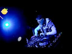 DJ Chris Parker - Welcome To Mars - YouTube