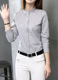 38 Shirt Ideas for Women That Make you Look Charmy Office Outfits, Stylish Outfits, Fashion Wear, Fashion Outfits, Elegantes Outfit, Formal Shirts, Professional Outfits, Latest Fashion Trends, Blouse Designs