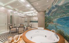 <p>Автор проекта:   АрхКонцепт</p> <p>Ванная комната с джакузи выполнена, что называется.в морском стиле.А выход в комнаты отдыха прямо из ванной - прием весьма распространенный.</p>