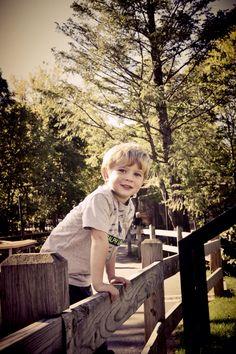 Toddler Boy fall pictures   Nikon D800