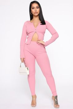 Available In Black, Taupe, And Pink.Ribbed Pant SetLong Sleeve Cropped Zip Up Rayon Nylon Kylie Jenner Outfits, Pink Pants, Tops For Leggings, Work Attire, Pink Fashion, Bellisima, Beachwear, Zip Ups, Fashion Design