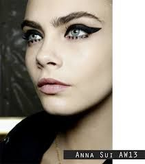 Anna Sui AW13 dotted under eye eyeliner