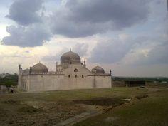 Friday Mosque | Gulbarga | India | 1367