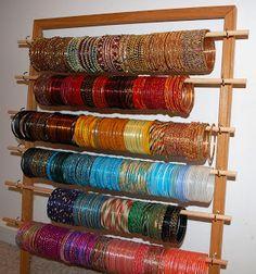 DIY bangle holder! Love it! http://youputitup.com/category/upcycle/