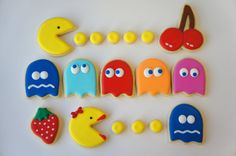 Pac-Man and Ms Pac-Man sugar cookies by Askanam on Etsy
