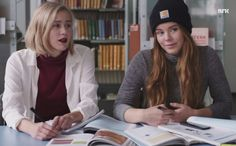 Season1 Ep5: Noora and Eva talking with Vilde in the library