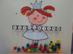 Motor Skills Activities, Toddler Activities, Preschool Activities, Classroom Board, Classroom Decor, Kindergarten Learning, Math Stations, Baby Shower Cards, Teaching French
