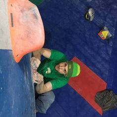 www.boulderingonline.pl Rock climbing and bouldering pictures and news holdbreaker:?of HB