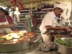 Consumir alimentos en vía pública, grave riesgo para la salud