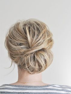 Nothing says timeless beauty quite like a low chignon. Perfect for medium to long hair, this look will have you feeling ladylike yet powerful as you stroll into any presentation, meeting or even meeting up after the work day for drinks and apps. Click for a photo AND video tutorial.: