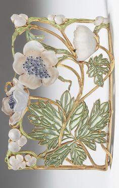 René Lalique, Collier de chien – neckpiece with anemones, René Lalique, Paris, 1899/1900 © Staatliche Museen zu Berlin, Kunstgewerbemuseum / Fotostudio Bartsch